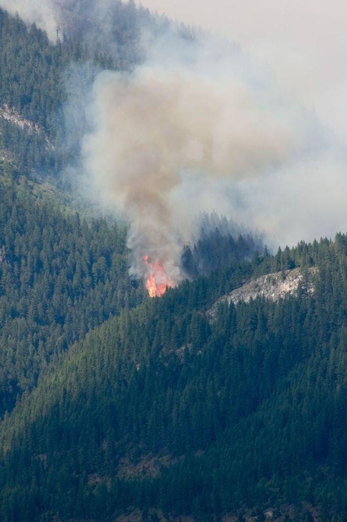Hamill Creek Fire  July 30,2007 (5:26 PM)