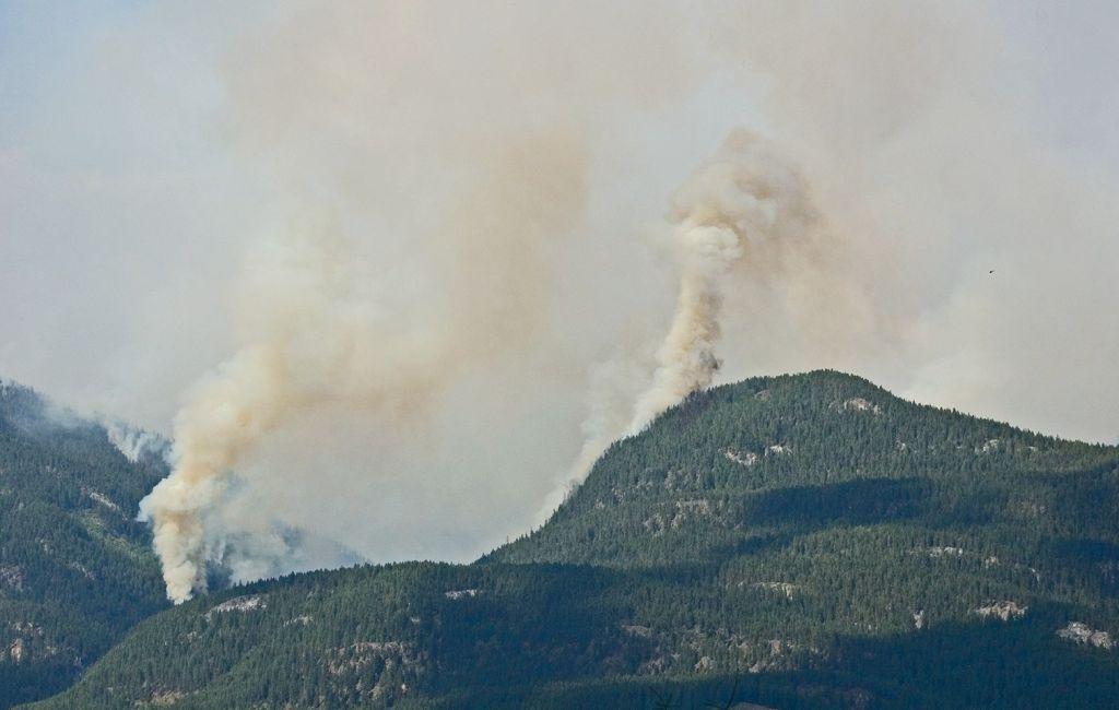 Hamill Creek Fire   July 30, 2007  (5:29 PM)