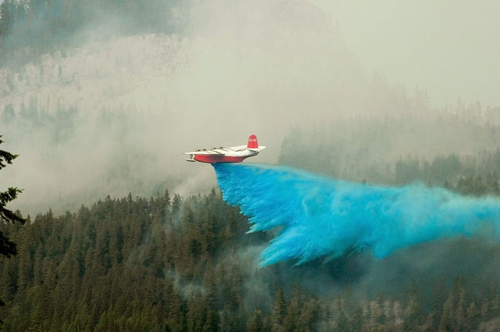 Hamill Creek Fire  August 3, 2007  (9:03 PM)