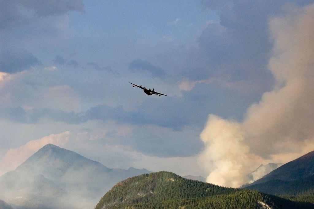Hamill Creek Fire  August 3, 2007  (8:17 PM)